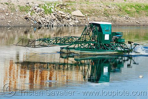 small paddle-wheel boat, buenos aires, la boca, paddle-wheel boat, riachuelo, río la matanza, río matanza
