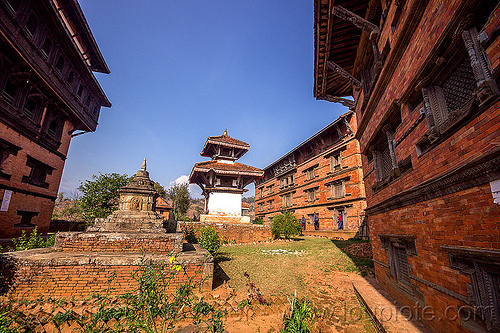 small shrines near nuwakot palace (nepal), nuwakot durbar, saat taale durbar