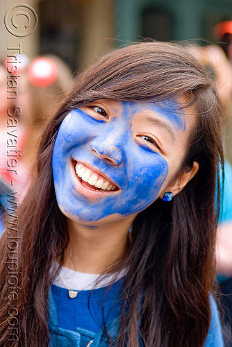 smurfette - bay to breakers (san francisco), asian woman, bay to breakers, blue face, body art, body paint, body painting, face painting, facepaint, footrace, schtroumpf, schtroumpfette, smurf, smurfette, street party