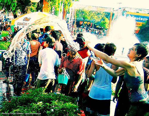 songkran-chiang-mai - anke-rega, anke rega, cross-processed, dxpro, festival, people, woman, ประเทศไทย, สงกรานต์