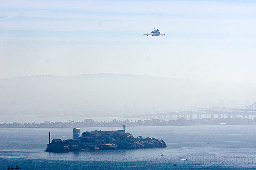 space shuttle endeavour over alcatraz island, alcatraz island, boeing 747, fly-by, flying, flyover, jumbo jet, nasa, ov105, piggyback, plane, san francisco bay, sca, sf endeavour 2012, shuttle carrier aircraft, space shuttle endeavour, water