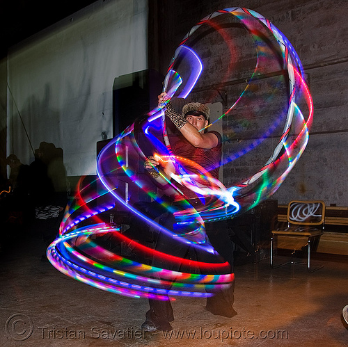 spinning a LED hula hoop, glowing, led hoop, led lights, led-light, light hoop, people, sexy-bitch