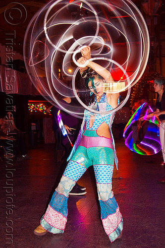 spinning mini LED hoops, cell space, glowing, grace hoops, hooper, hula hoop, led hoops, led lights, light hoop, mini hoops, night, woman