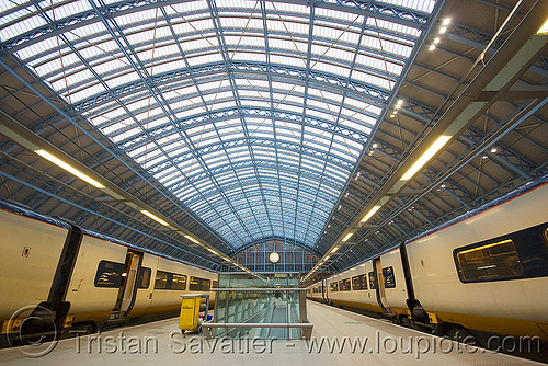 st pancras eurostar train station (london), architecture, eurostar, london, st pancras, steel beams, steel frame, tgv, train station, trains