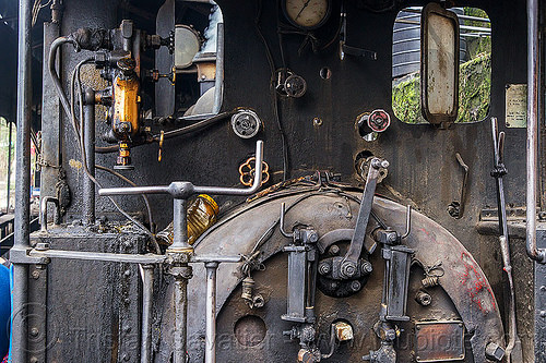 steam locomotive controls and valves (india), darjeeling himalayan railway, darjeeling toy train, india, narrow gauge, railroad, steam engine, steam locomotive, steam train engine, valves