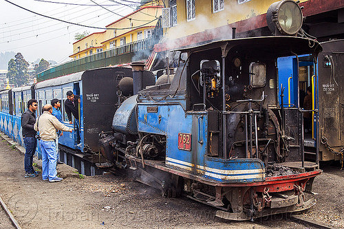 steam locomotive coupling to passenger train - darjeeling station (india), 782 mountaineer, darjeeling himalayan railway, darjeeling toy train, india, men, narrow gauge, railroad, smoke, smoking, steam engine, steam locomotive, steam train engine, train cars, train station