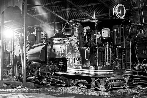 steam locomotive - darjeeling train station (india), 788 tusker, cab, darjeeling himalayan railway, darjeeling toy train, narrow gauge, night, railroad, smoke, smoking, steam engine, steam locomotive, steam train engine, train depot, train yard