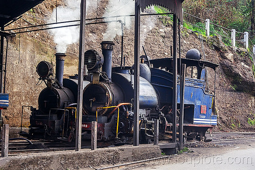 steam train engines - darjeeling (india), 782 mountaineer, 788 tusker, darjeeling himalayan railway, darjeeling toy train, india, narrow gauge, railroad, smoke, smoking, steam engine, steam locomotive, steam train engine, train depot, train yard