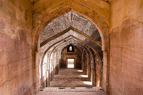 stone vaults - palace ruins - mandu (india), architecture, building, india, mandav, mandu, ruins, vaults
