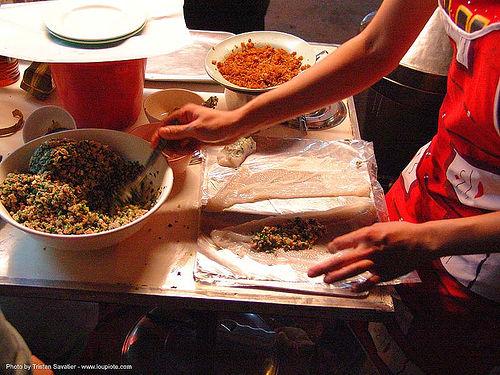 street vendor preparing vietnamese spring rolls - thailand, cooking, food, spring rolls, vietnamese rolls, ประเทศไทย