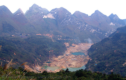 strip mine - vietnam - Tình Túc tin mine, open pit mine, open pit surface mine, open-cut mine, opencast mine, strip mine, tin mine, tinh tuc, tình túc