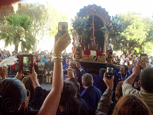 taking photos with mobile phones - señor de los milagros procession (san francisco), cameras, cellphones, crowd, crucified, float, jesus christ, lord of miracles, mobile phones, mobiles, painting, parade, paso de cristo, peruvians, sacred art, señor de los milagros, sharing, social media, taking photos