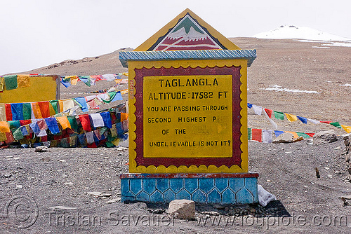 tanglang pass - manali to leh road (india), ladakh, mountain pass, mountains, road marker, sign, taglangla, tanglangla