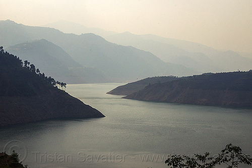 tehri reservoir - bhilangna valley (india), artificial lake, bhilangna river, bhilangna valley, hazy, hills, india, mountains, reservoir, tehri lake