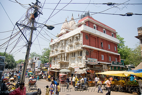 temple - delhi (india), delhi, electric pole, hindu temple, hinduism, nehru bazar, paharganj, street market, street pole