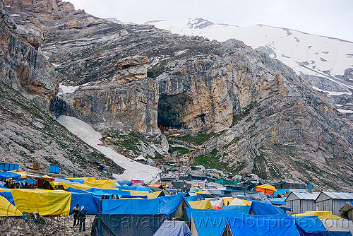 tents near amarnath cave - amarnath yatra (pilgrimage) - kashmir, amarnath yatra, encampment, hiking, hindu pilgrimage, india, kashmir, mountains, pilgrims, snow, tents, trekking