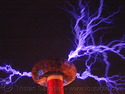 tesla coil discharging - electric arcs, danger, electric arc, electric discharge, fire art, high voltage, lightnings, plasma filaments, static electricity, tesla coil, therm