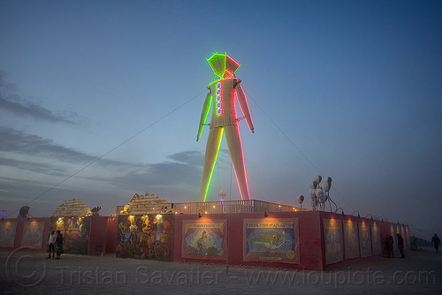 the man at dusk - burning man 2015, burning man, dusk, glowing, neon, the man