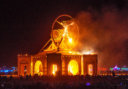 the man burns - vitruvian man - burning man 2016, burning man, fire, night of the burn, the man, vitruvian man