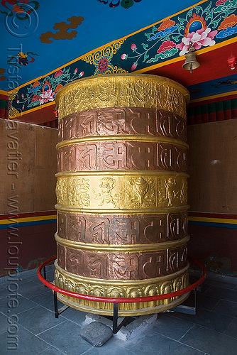 tibetan prayer wheel, keylong, ladakh, prayer mill, prayer wheel, tibetan