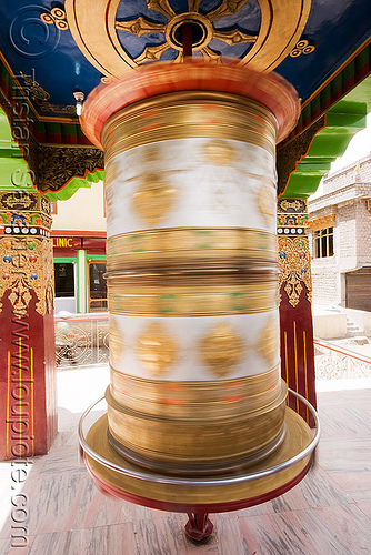 tibetan prayer wheel, india, ladakh, leh, prayer mill, prayer wheel, tibetan, लेह