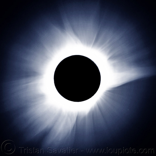 total solar eclipse - sun's corona, astronomy, corona, glowing, moon, night, sun, total eclipse, total solar eclipse