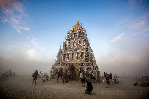 totem of confessions - burning man 2015, art, art installation, michael garlington, people