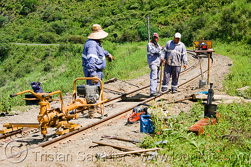 track maintenance work, men, metric gauge, narrow gauge, noroeste argentino, railroad construction, railroad tracks, rails, railway tracks, single track, track maintenance, tren a las nubes, workers