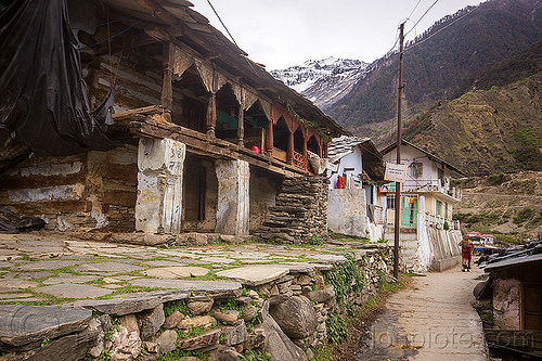 traditional house in himalayan mountain village (india), houses, janki chatti, mountains, village