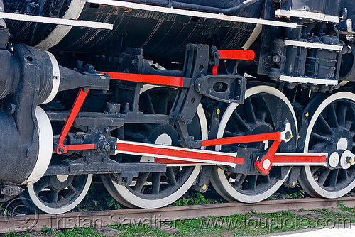 train steam engine wheels and rods, argentina, campo quijano, cylinder, noroeste argentino, piston, railroad, railway, rods, steam engine, steam locomotive, steam train engine, tren a las nubes