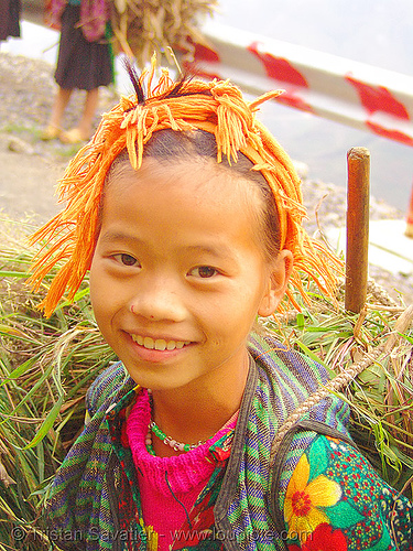 tribe girl carrying grass - vietnam, child, happy smile, hill tribes, indigenous, kid, little girl, ma pi leng pass, mã pí lèng pass, tribe girl