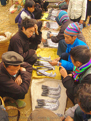 tribe people selling billhooks at the market - vietnam, billhooks, hill tribes, indigenous, mèo vạc, sickle, street market