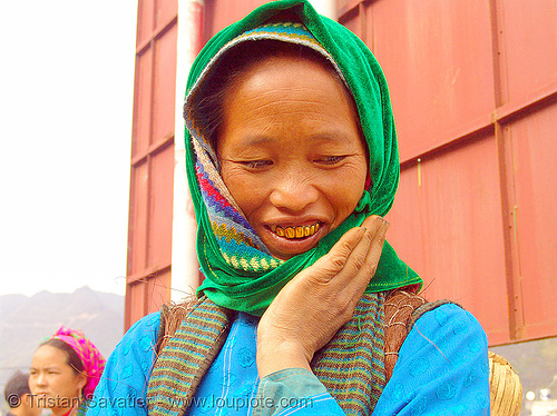 tribe woman - vietnam, asian woman, gold teeth, green hmong, hill tribes, hmong tribe, indigenous, market, mèo vạc, people, tribe girl