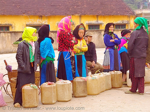tribe women selling corn wine (alcohol) - vietnam, asian woman, asian women, corn alcohol, corn wine, hill tribes, indigenous, quản bạ, rượu ngô, street market, tam son, tám sơn, vodka