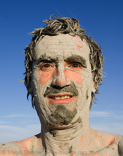 tristan savatier, black rock desert, hot springs, man, mud, mud bath, mud mask, muddy, people, self portrait, selfie, skin care, trego hot springs