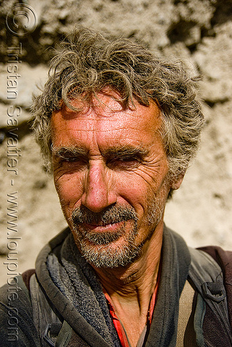 tristan savatier - amarnath yatra (pilgrimage) - kashmir, amarnath yatra, kashmir, mountain trail, mountains, pilgrim, pilgrimage, self portrait, selfie, trekking, tristan savatier, unshaven man, yatri, अमरनाथ गुफा