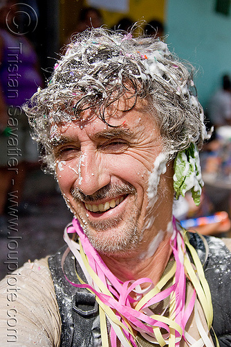 tristan savatier (me!) - hair with party foam and confetti, andean carnival, carnaval, confettis, jujuy capital, man, noroeste argentino, party foam, san salvador de jujuy, self portrait, selfie, serpentine throws, tristan savatier