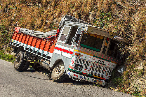 truck in ditch (india), crash, ditch, lorry, road, tata motors, traffic accident, truck accident, west bengal, wreck