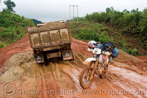 truck stuck in mud - honda XR 250 (laos), 250cc, dual-sport, honda motorcycle, honda xr 250, lorry, motorbike touring, motorcycle touring, mud ruts, road, stuck, tracks, truck