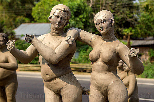 unfinished clay sculptures - missing hands (india), clay, india, sculptures, statues, west bengal