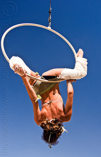 up-side down on aerial hoop, aerial hoop, aerial ring, aerialist, cerceau, lyra, rebecca, woman