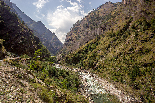 upper alaknanda river valley (india), alaknanda valley, mountain road, mountains, water
