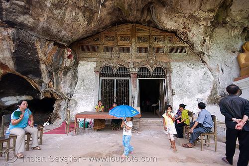 upper pak ou cave near luang prabang (laos), door, gate, luang prabang, pak ou caves temples, upper