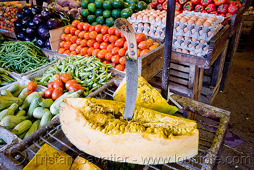 vegetables - farmers market, farmers market, jujuy capital, knife, noroeste argentino, san salvador de jujuy, vegetables