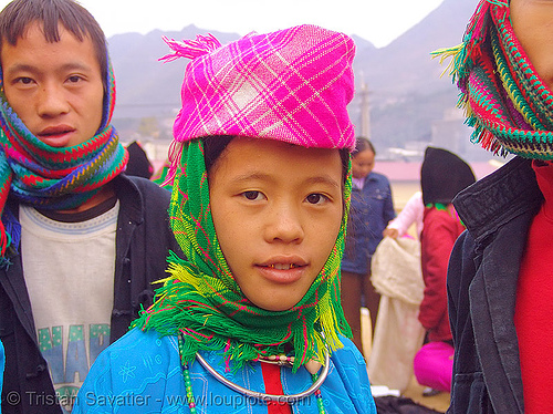 very pretty tribe girl - vietnam, asian woman, gold teeth, hat, headwear, hill tribes, indigenous, market, mèo vạc, tribe girl