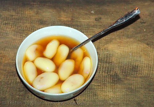 vietnamese dessert - rice balls stuffed with peanuts in ginger sirup, bowl, bảo lạc, dessert, dish, dumplings, ginger syrup, hill tribes, indigenous, spoon, street food, vietnam