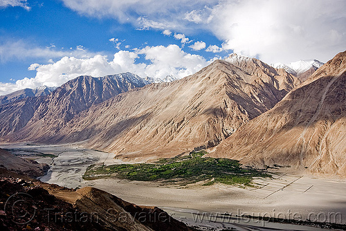 view of nubra valley - ladakh (india), ladakh, mountains, nubra valley, river bed, satti