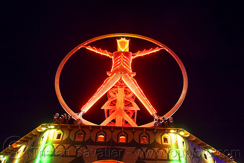 the vitruvian man at night - red neons - burning man 2016, burning man, glowing, night, red neons, the man, vitruvian man