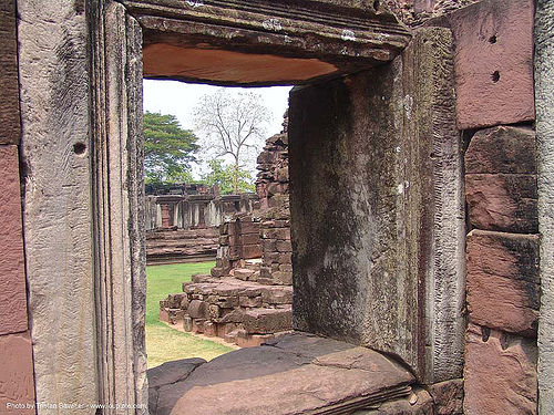 อุทยานประวัติศาสตร์พิมาย - wat phimai khmer temple - thailand, hindu temple, hinduism, khmer, phimai, ruins, stone, wat phi mai, window, ประเทศไทย, พิมาย, อุทยานประวัติศาสตร์พิมาย