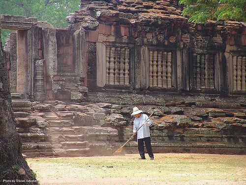 อุทยานประวัติศาสตร์พิมาย - wat phimai khmer temple - thailand, gardner, hindu temple, hinduism, khmer, phimai, ruins, wat phi mai, windows, ประเทศไทย, พิมาย, อุทยานประวัติศาสตร์พิมาย
